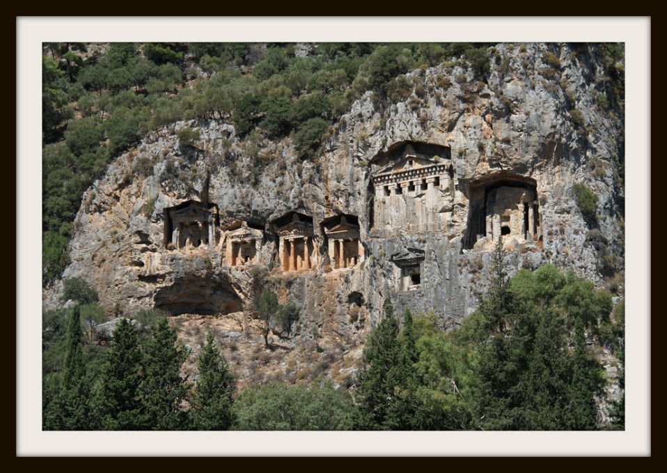 graves-in-Dalyan