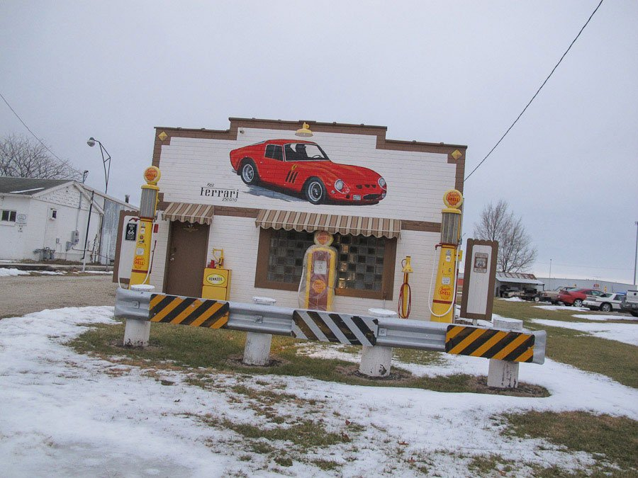 old-gasstation-dwight