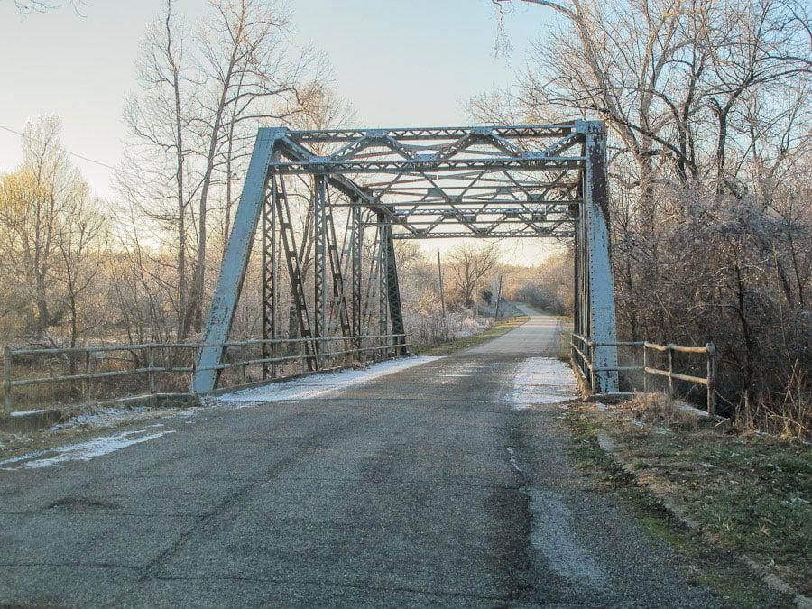 Pony-bridge