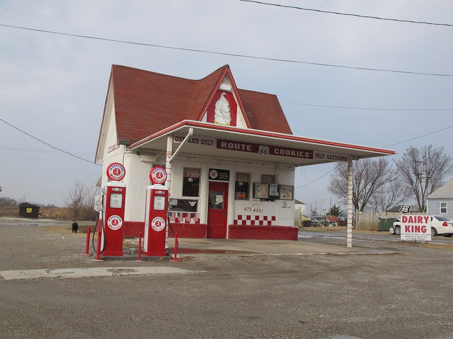 Gasstations in Commerce, Oklahoma!