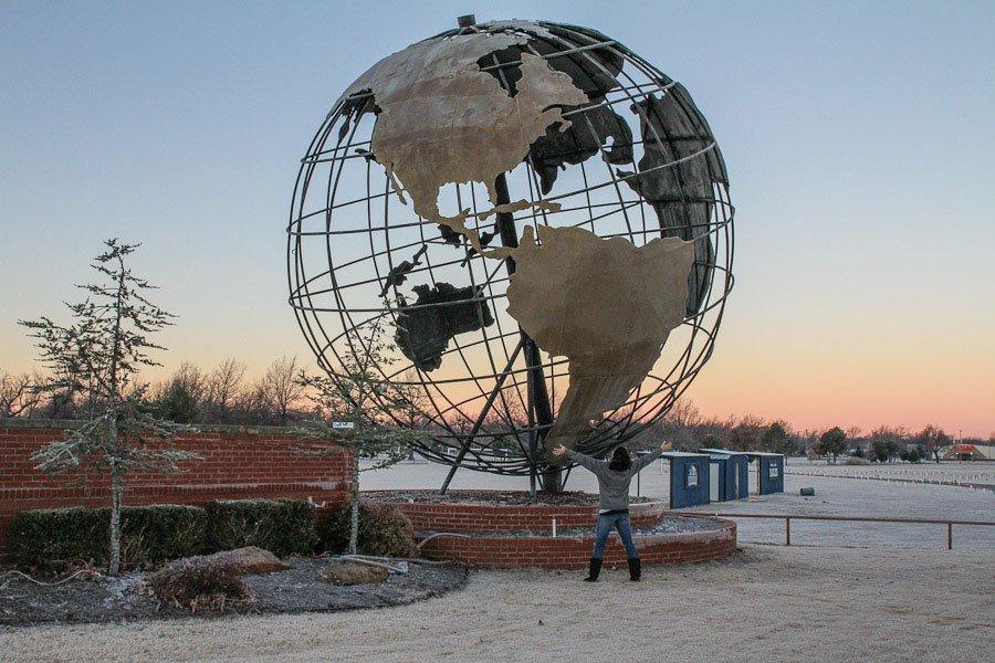 Giants on Route 66: Giant Metal Globe