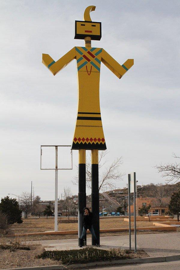 Giants along Route 66: Giant Yellow Kachina
