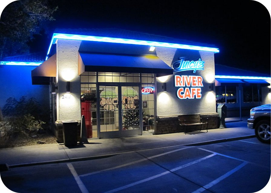 Juicy's Famous River Cafe