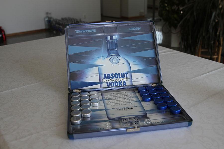 Absolut Backgammon