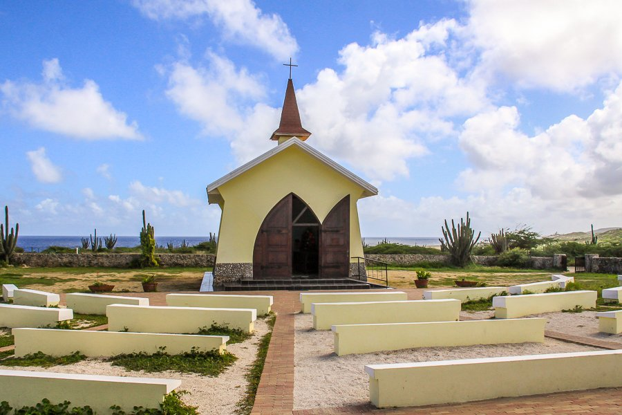 A very nice and very small church on the Island of Aruba.