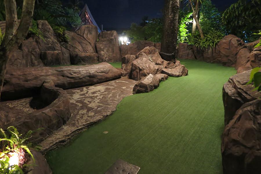 dino_miniature_golf_karon_thiland3