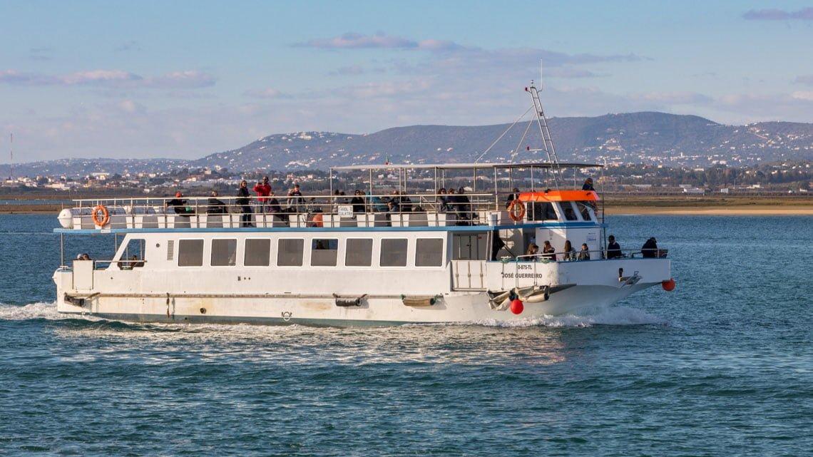 The boat to Culatra island