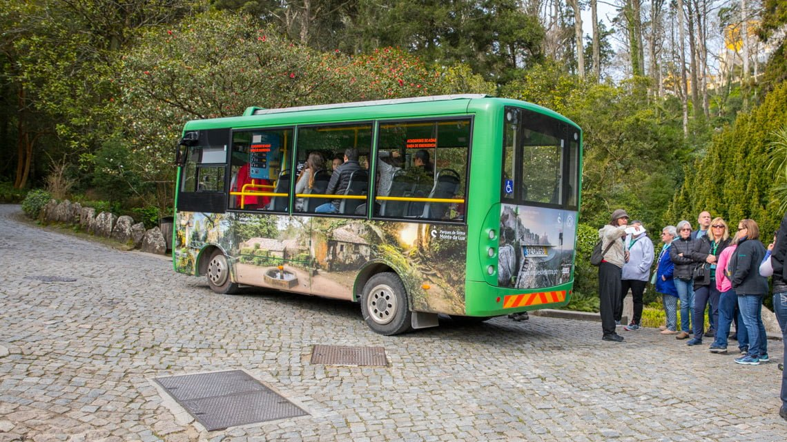Pena Palace bus