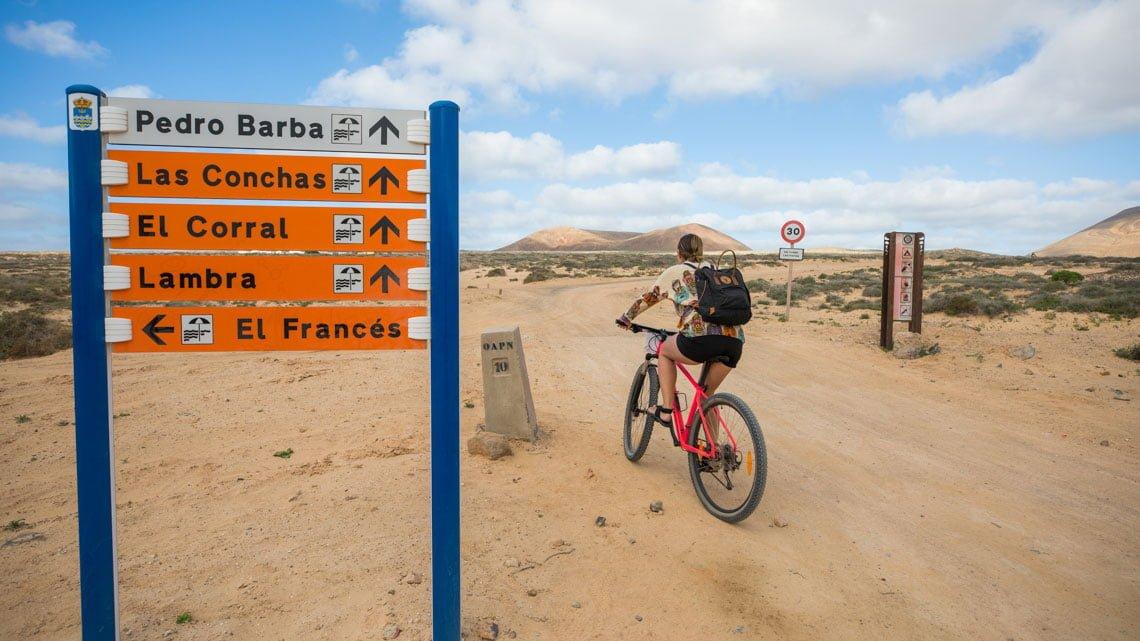 La Graciosa by bike