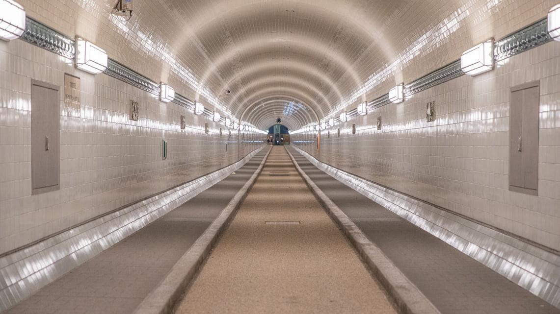 Hamburg tunnel