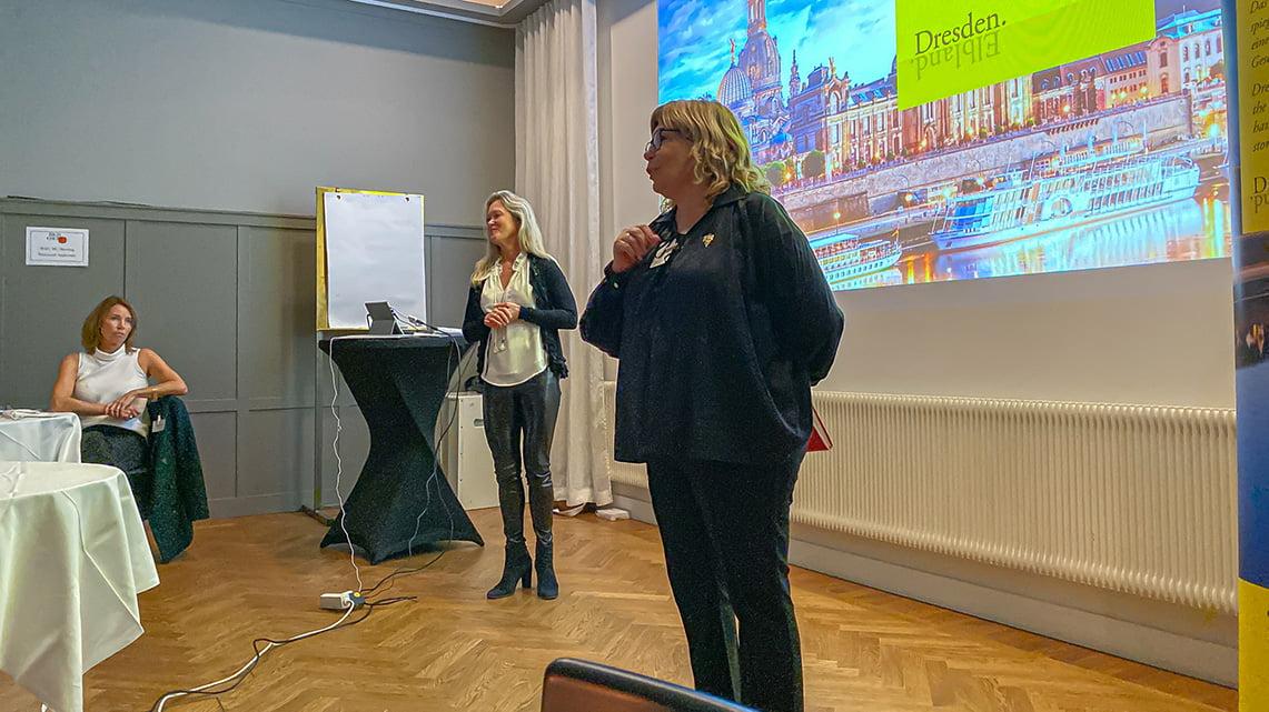 two sommeliers, Cathryn Trollsås and Carin Creydt