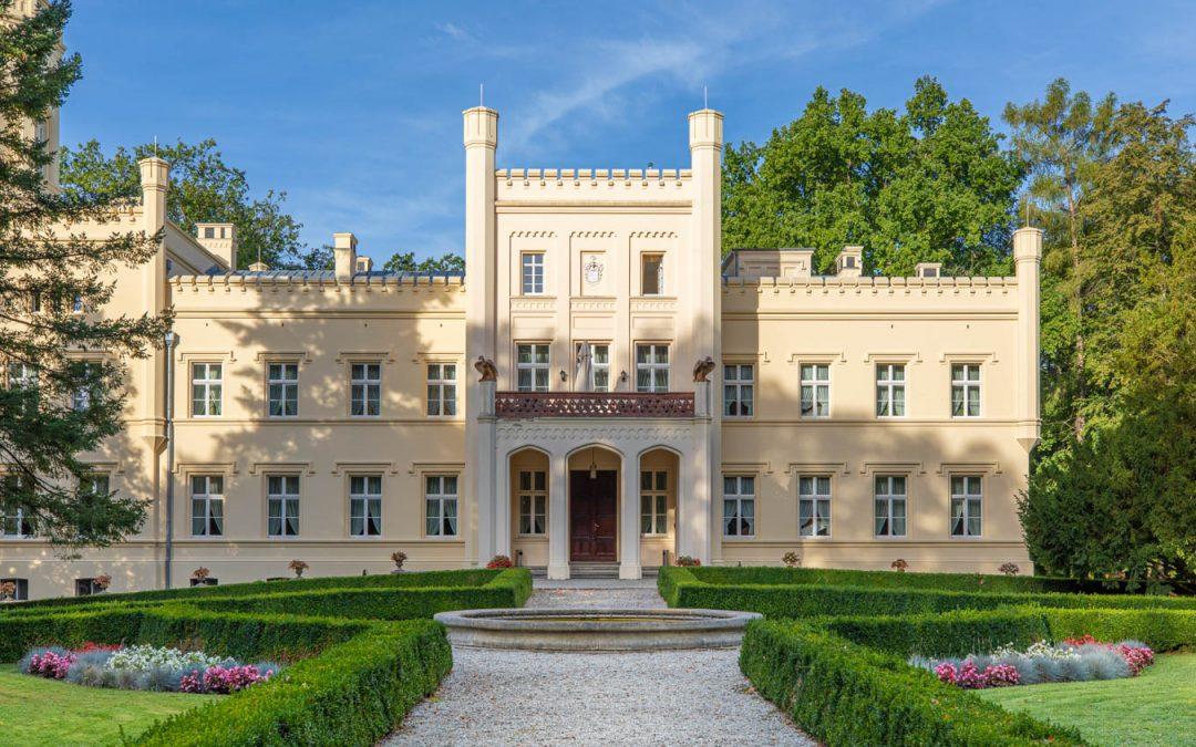 Wine spa in Poland at Palac Mierzecin