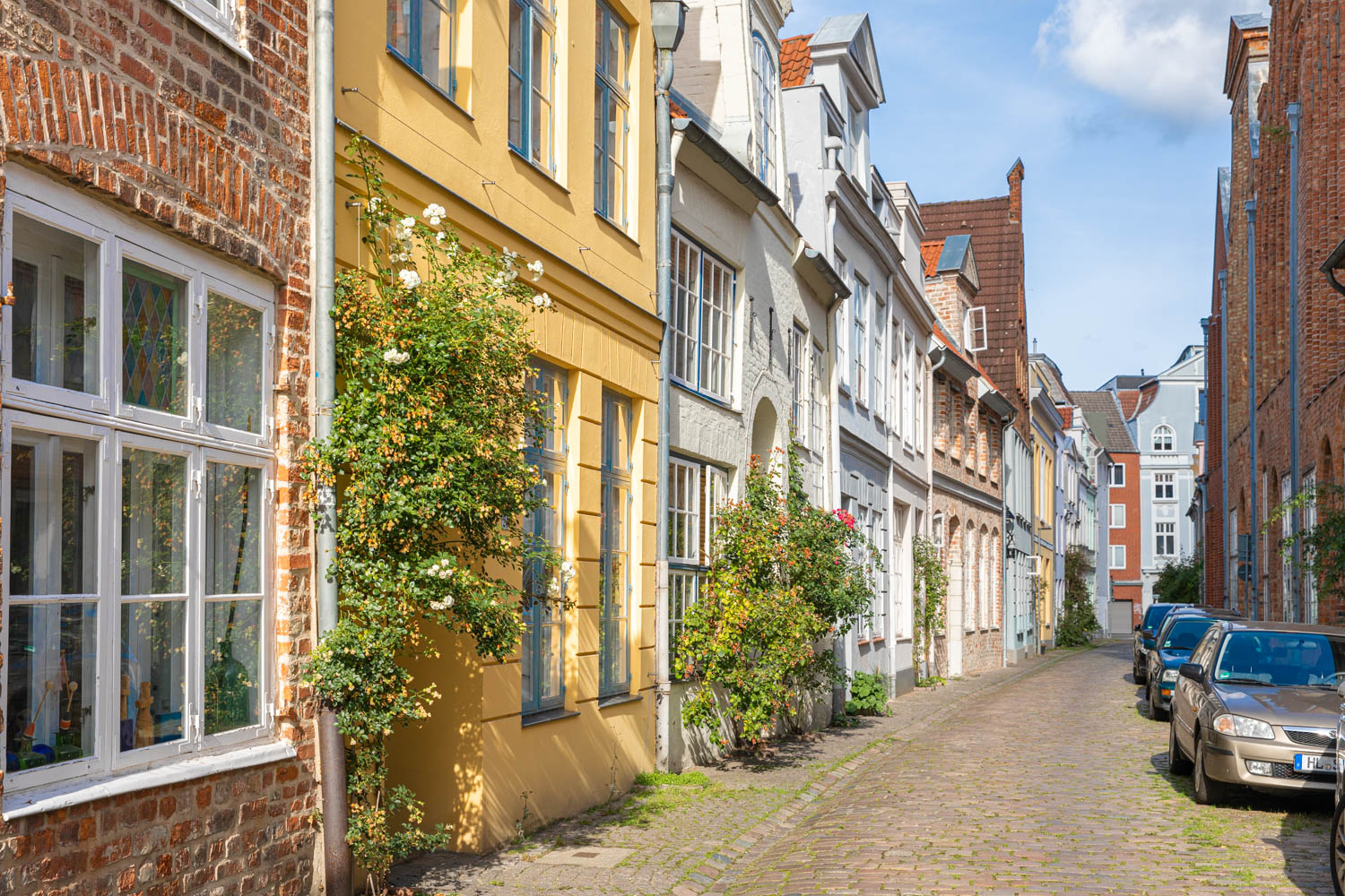 Get lost in the medieval courtyards