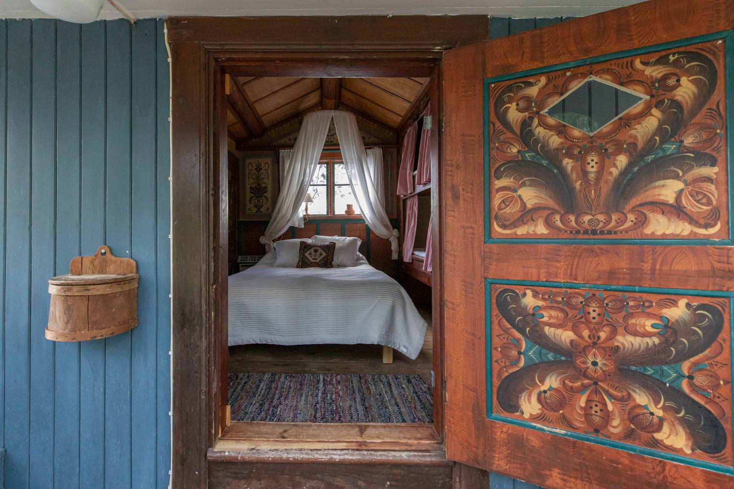 Spend the night in a cabin from the 1700s